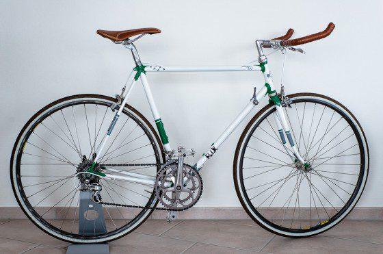 Rennrad - Rahmen sandgestrahlt und mit neuem Design