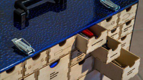 Toolbox mit Schubladen
